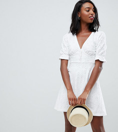 Чайное платье с вышивкой ришелье и пуговицами ASOS DESIGN Tall - Белый