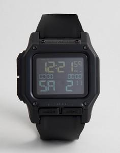 Черные цифровые часы с силиконовым ремешком Nixon Regulus - Черный