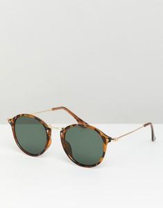 Круглые солнцезащитные очки с черепаховой оправой и зелеными стеклами ASOS DESIGN - Коричневый