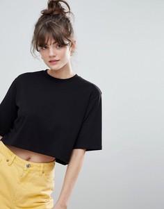 Короткая футболка Monki Classic - Черный