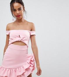 Короткое приталенное платье с вырезом ASOS DESIGN Petite - Розовый