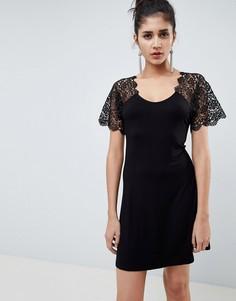 Приталенное платье мини с кружевом ASOS DESIGN - Черный
