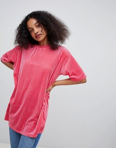 Бархатная футболка Monki - Розовый