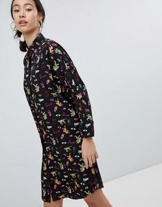 Платье-рубашка с принтом эмодзи Monki - Мульти