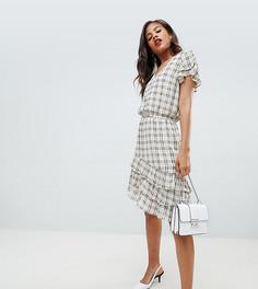Короткое приталенное платье Y.A.S Tall Sachecky - Кремовый