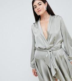 Ярусное короткое приталенное платье с запахом Club L Plus - Зеленый