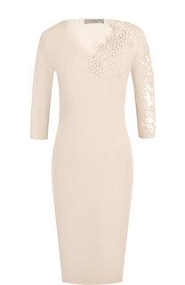 Однотонное платье с V-образным вырезом и декоративной вышивкой D.Exterior
