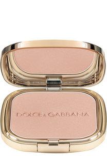 Пудра с эффектом сияния, оттенок 4 Luna Dolce & Gabbana