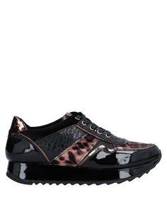 Низкие кеды и кроссовки Maria Mare