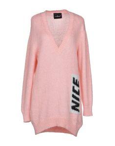 Короткое платье Nicebrand