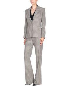 Классический костюм Valentino Roma