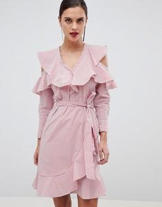 Платье в полоску с оборками и вырезами на плечах Y.A.S - Мульти