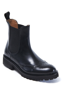 boots British passport