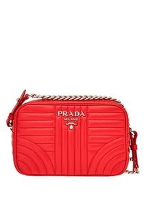 Красная кожаная сумка Diagramme Prada