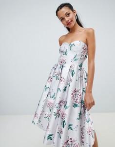 Платье-бандо миди с цветочным принтом Chi Chi London - Мульти