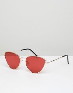 Солнцезащитные очки кошачий глаз в золотистой оправе с красными стеклами AJ Morgan - Золотой