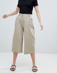 Бежевые укороченные брюки с широкими штанинами Monki - Бежевый