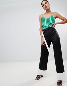 Контрастные брюки с поясом Boohoo - Черный