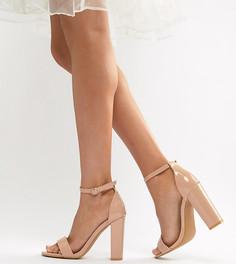 Бежевые лакированные босоножки для широкой стопы на блочном каблуке Glamorous - Бежевый