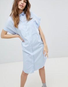 Свободное платье из шамбре с короткими рукавами Monki - Синий