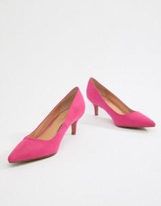 Туфли на каблуке-рюмочке Head Over Heels - Розовый