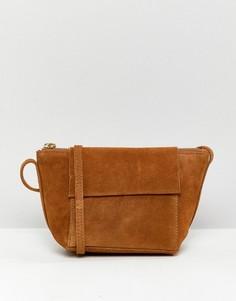 Замшевая сумка через плечо с боковыми вставками ASOS DESIGN - Рыжий