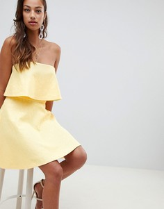 Короткое приталенное платье с кружевом ASOS DESIGN - Желтый