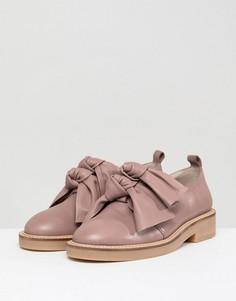 Туфли на плоской подошве из премиум-кожи с бантами ASOS DESIGN Masterful - Бежевый
