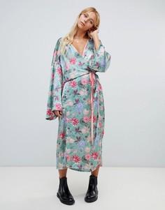 Атласное платье макси с цветочным принтом Glamorous - Зеленый
