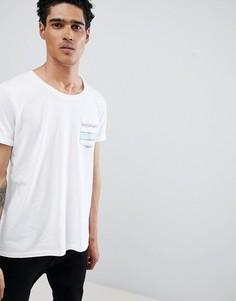 Футболка с зигзагообразным принтом на кармане Esprit - Белый