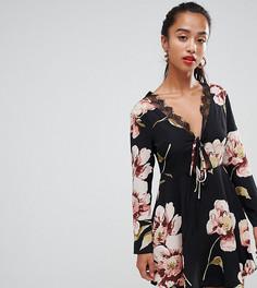Приталенное платье с цветочным принтом и кружевной отделкой Missguided Petite - Черный