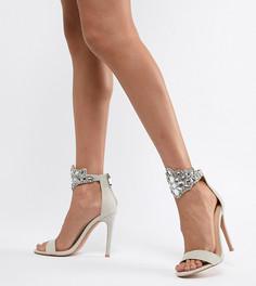 Босоножки на каблуке с декоративной отделкой QUPID - Серый