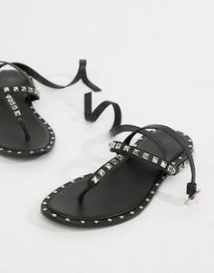 Кожаные сандалии с заклепками ASOS DESIGN Premium Fame - Черный