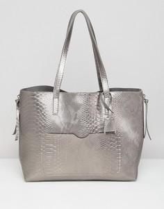 2b930495b64b Серая сумка металлик с эффектом змеиной кожи Glamorous - Серый