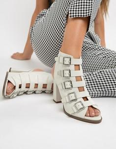Кожаные премиум-босоножки на каблуке с ремешками ASOS DESIGN Pukka - Светло-бежевый