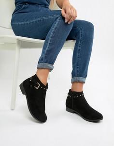 Черные ботинки на плоской подошве с заклепками Boohoo - Черный