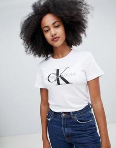 0aad106883c2d Купить женские футболки Calvin Klein в интернет-магазине Lookbuck