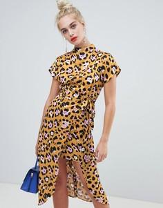 Платье с высоким воротником и леопардовым принтом River Island - Желтый