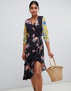 Асимметричное платье миди с запахом и цветочным принтом в стиле пэтчворк Liquorish - Черный