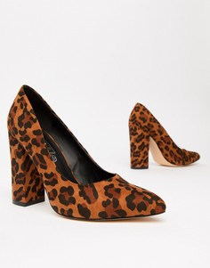 Туфли на блочном каблуке с острым носком Truffle Collection - Мульти