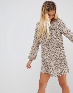 Свободное платье с цветочным принтом Glamorous - Светло-бежевый