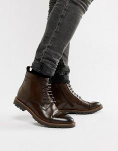 Коричневые ботинки со вставкой на носке Base London Brigade - Коричневый