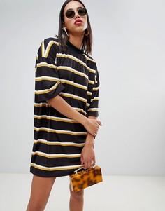 Свободное платье-футболка в полоску Boohoo - Мульти