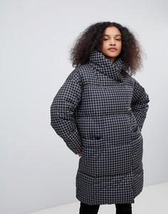 Дутая куртка в клетку Monki - Мульти