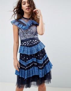 Темно-синее платье миди с ярусной кружевной отделкой и вышивкой Needle and Thread - Темно-синий