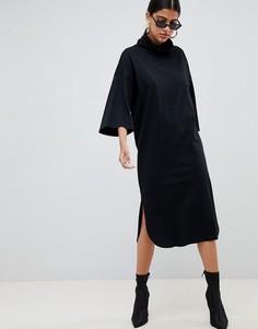 Свободное платье миди с высоким воротником и расклешенными рукавами ASOS DESIGN - Черный