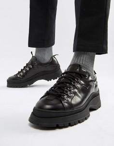 Черные кожаные спортивные ботинки на толстой подошве ASOS DESIGN - Черный