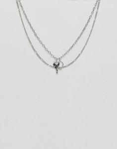 Серебристое ожерелье в два ряда с подвесками в виде ключа и кольца ASOS DESIGN - Серебряный