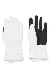 Белые перчатки с логотипом Fendi