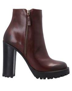Полусапоги и высокие ботинки IdÉe DE Pointe